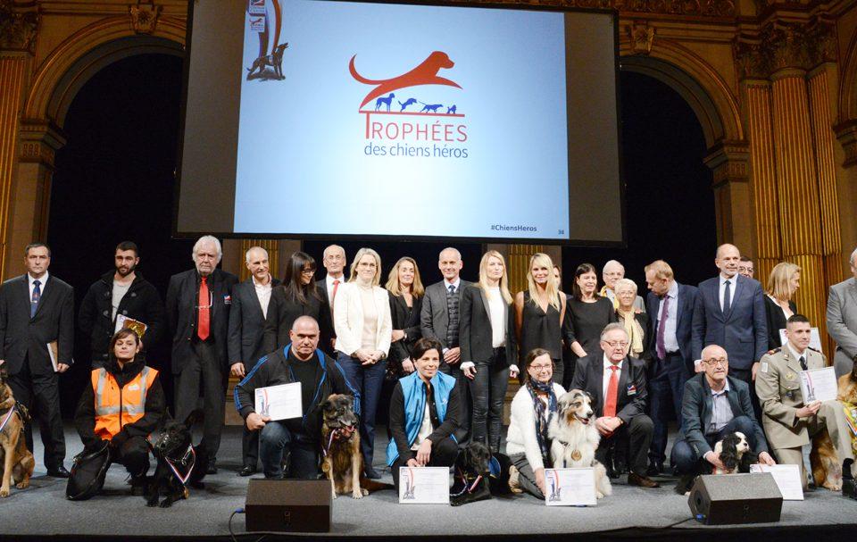 Remise des 1ers Trophées des Chiens Heros - SCC ADOCOM
